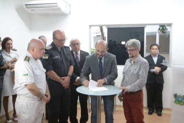 Hospital da PM_DemisRoussos (10)